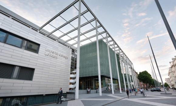Medicine 醫學課程 @ Chelsea Independent College